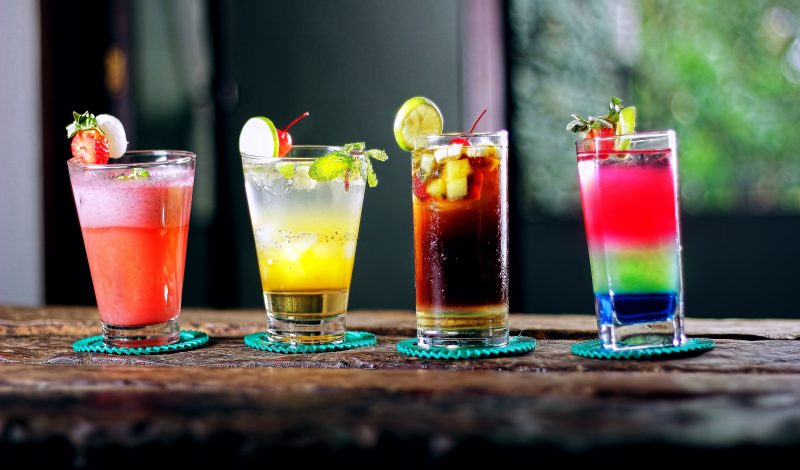 Easy Steps to Help You Hire a Bartender for Your Cocktail Party