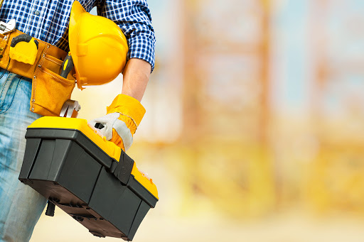 Tips For Finding the Right Maintenance Service for Your Building